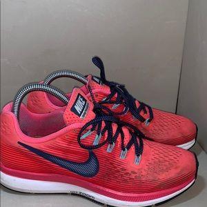 Nike Zoom Pegasus 34 Size 7.5